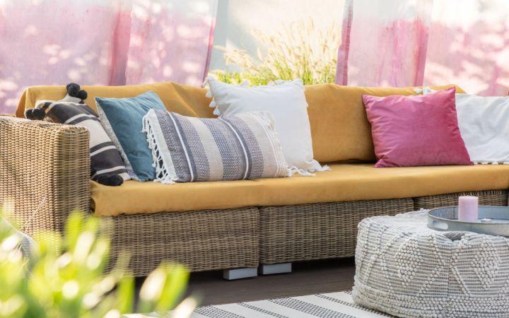 Outdoor Cushions Dubai | Buy Custom Made Cushions Online