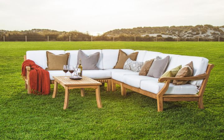 Buy Outdoor Furniture Online UAE